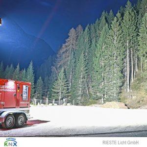 LED Feuerwehr Beleuchtung für Notstromsaggregat mit LED Scheinwerfer